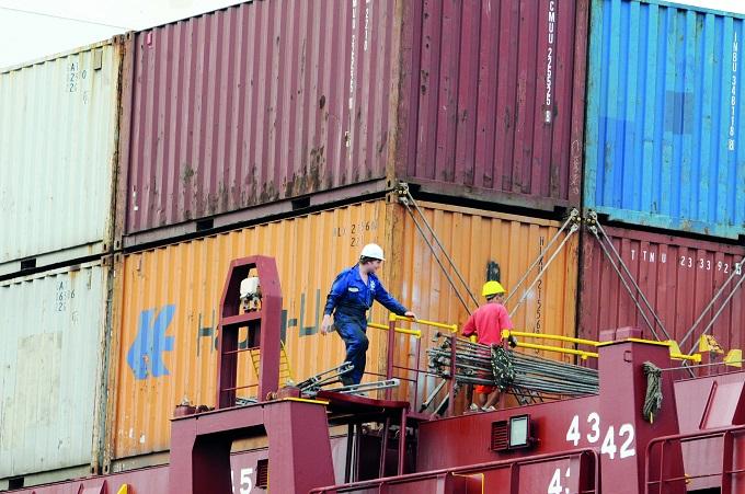 Sindicato contesta número de portuários positivos para Covid-19 apresentado por Piloni